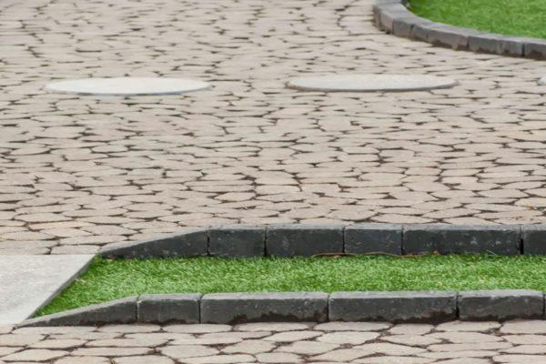 minigolfvollur-gudmundalundur-vinarsteinar-kantsteinar-stjornugardar